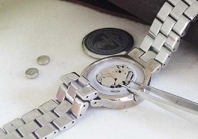 時計の電池交換いつでも500円(一部対象外あり)