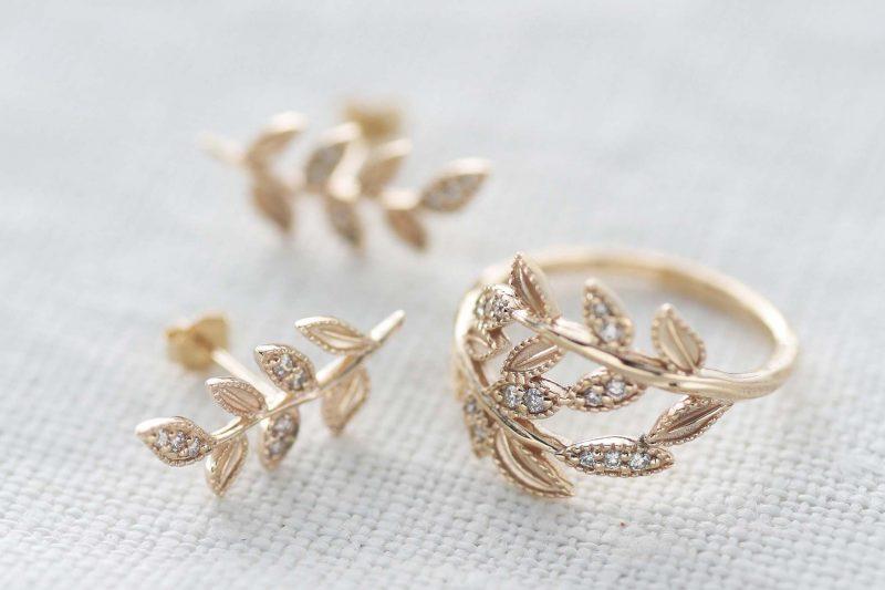 「変わらぬ愛」を意味するダイヤモンド