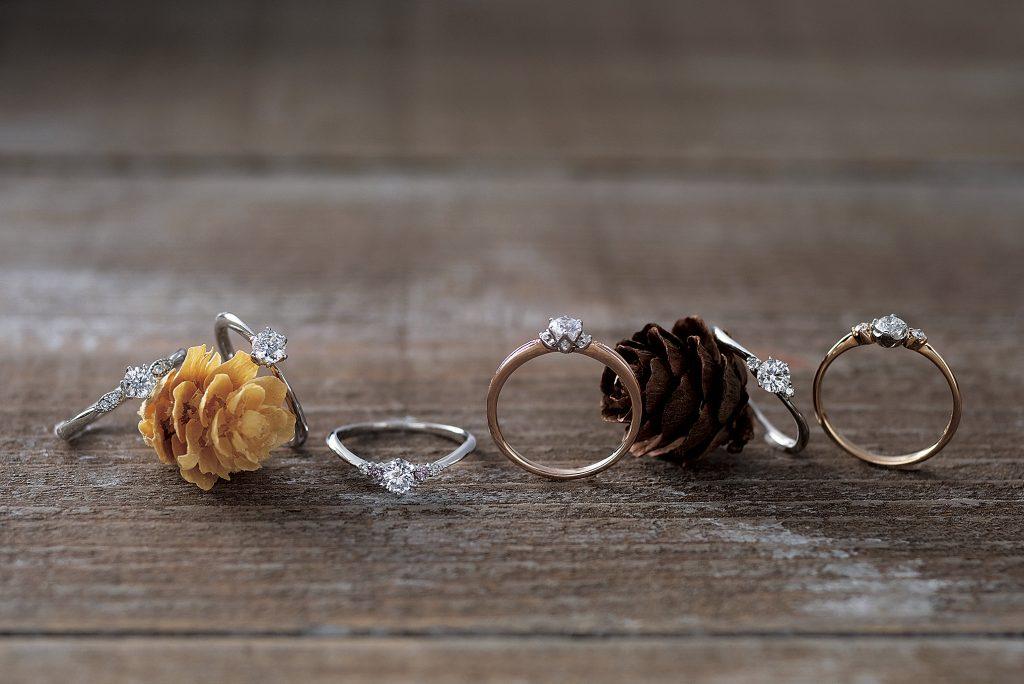 彼女はどんな婚約指輪を喜ぶ?