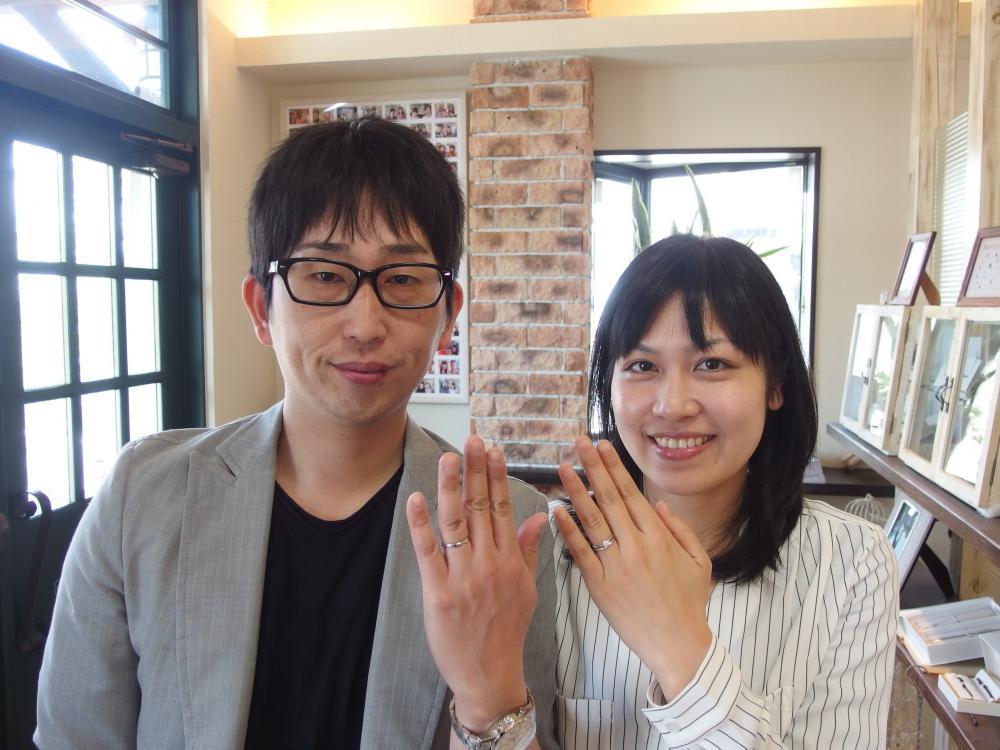 笠岡市の川崎様ご夫妻(結婚指輪をご購入)