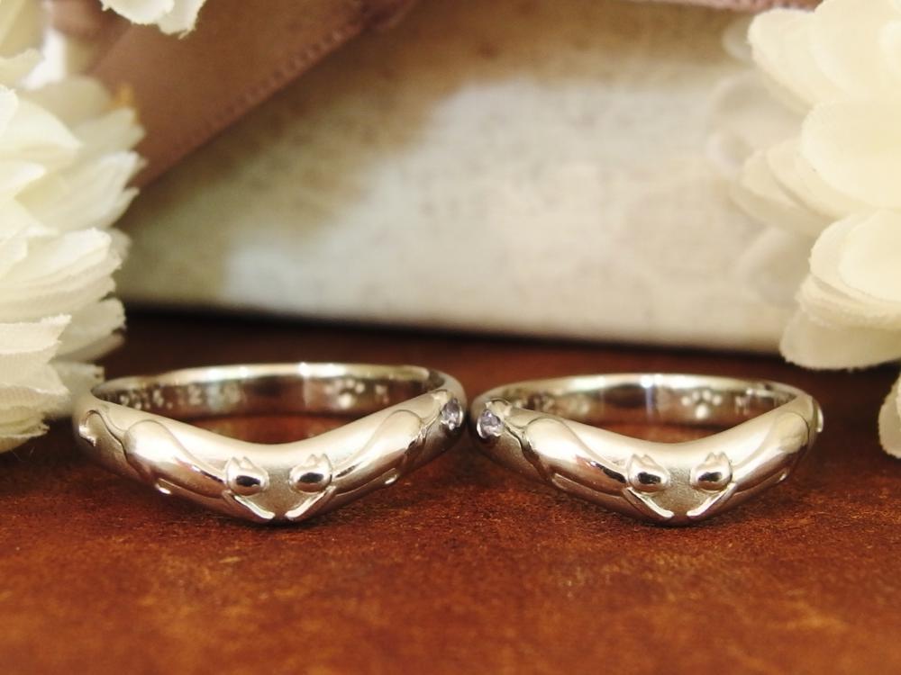 2匹の猫モチーフのフルオーダー結婚指輪