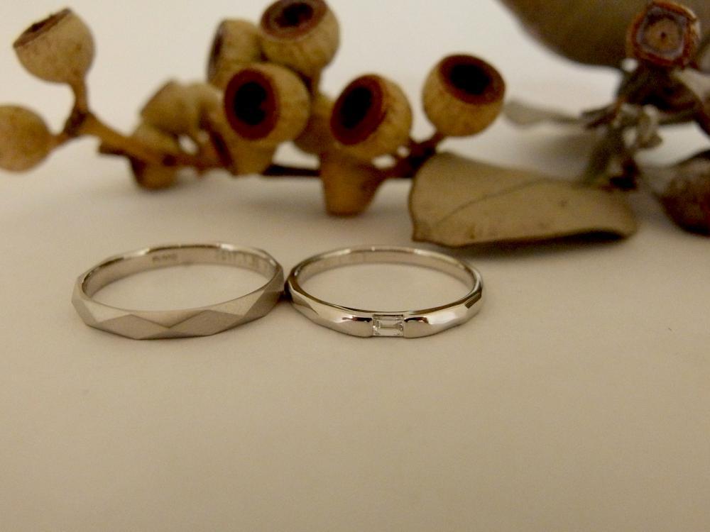 エルドーオリジナルのバケットダイヤの結婚指輪『メリア』