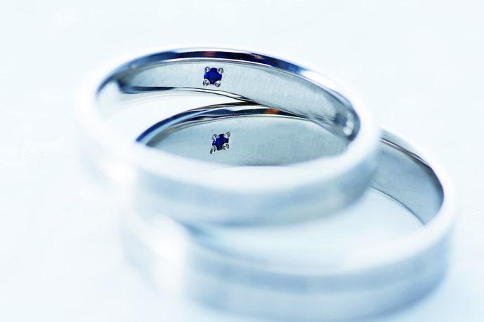強度抜群!幸せが訪れるおまじない付の結婚指輪