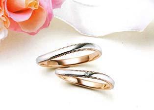 貴金属を圧縮する鍛造で強度高い結婚指輪が完成