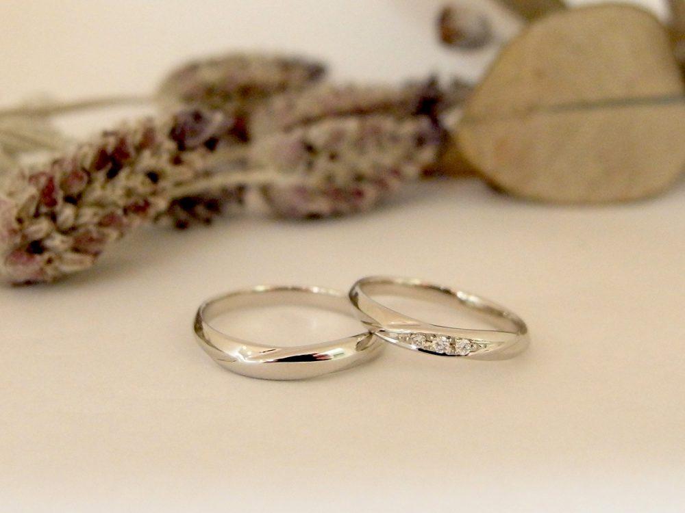 エルドーオリジナルシンプルストレートの『ル・ミュジック』の結婚指輪
