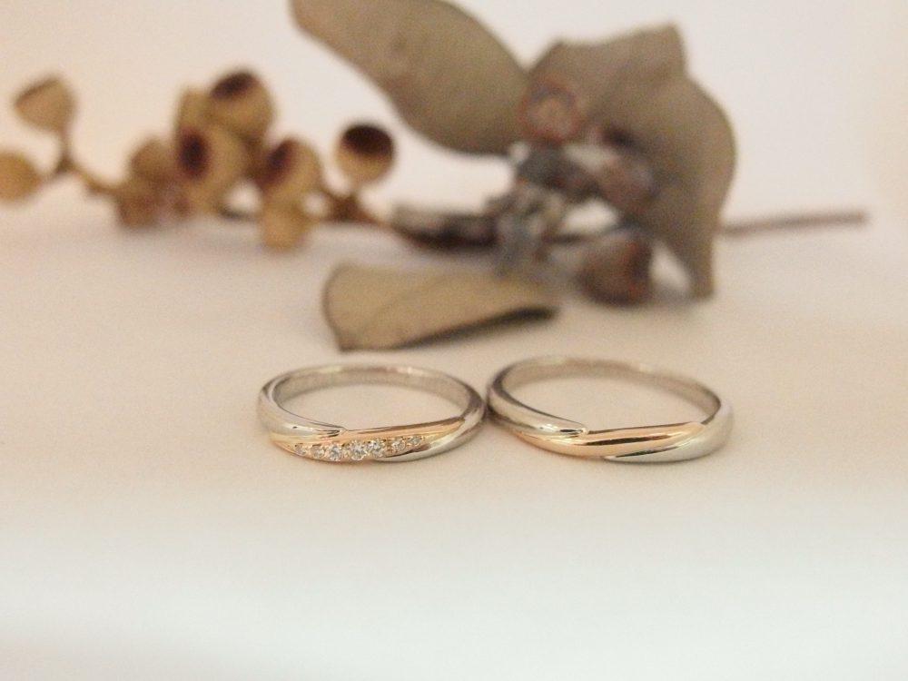 エルドーオリジナルのコンビデザインの結婚指輪『ル・ミュジック』