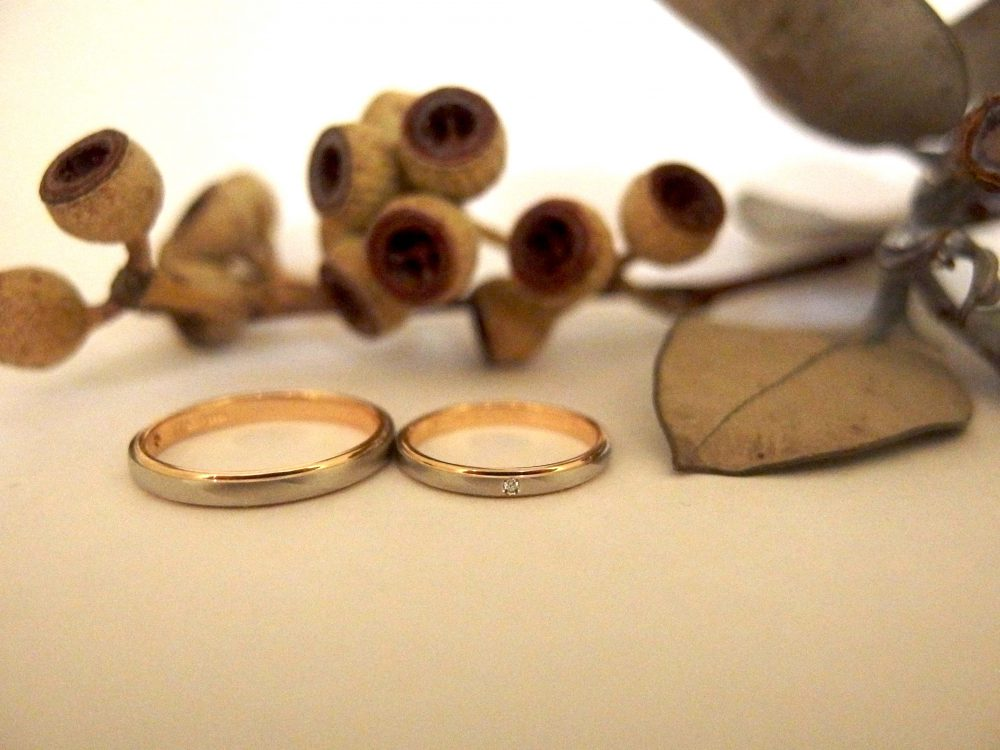 エルドーセレクトブランドのコンビの結婚指輪『RUNOA/ルノア』