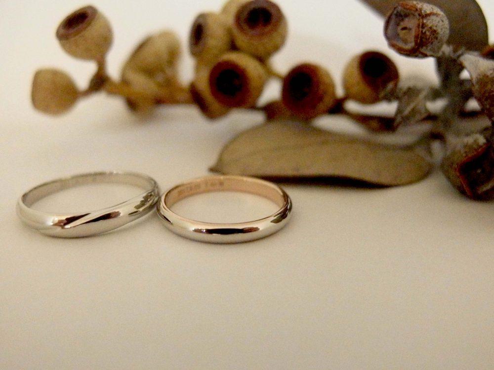 エルドーオリジナルのストレートの結婚指輪『ル・ミュジック』