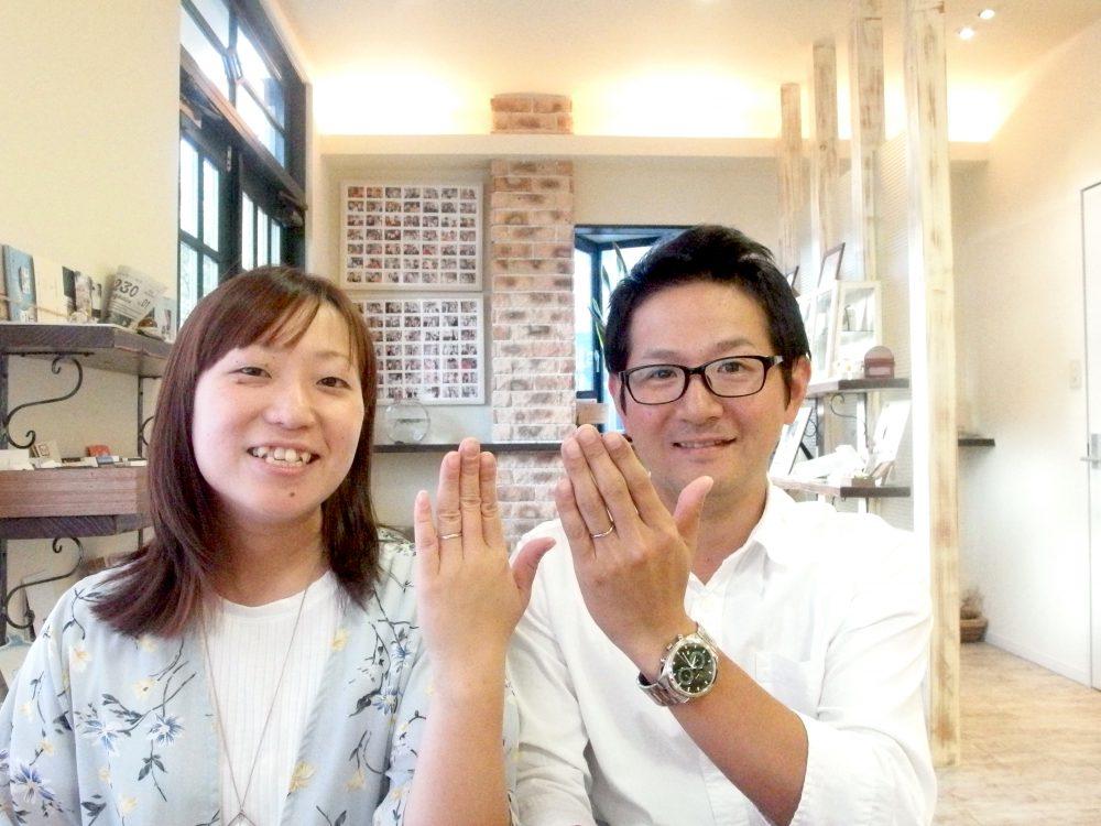 福山市南蔵王町の土屋様ご夫妻(結婚指輪ご購入)