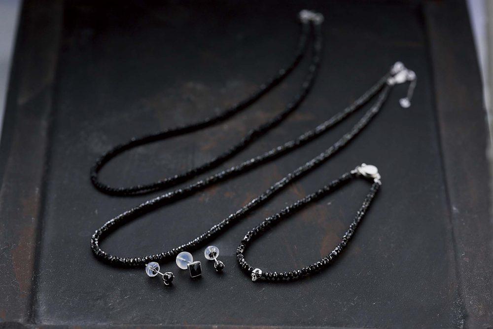 男性にも贈りたいブラックダイヤ