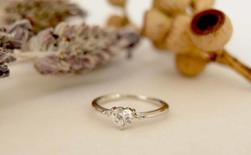 エルドーオリジナルの婚約指輪(ハートダイヤ)