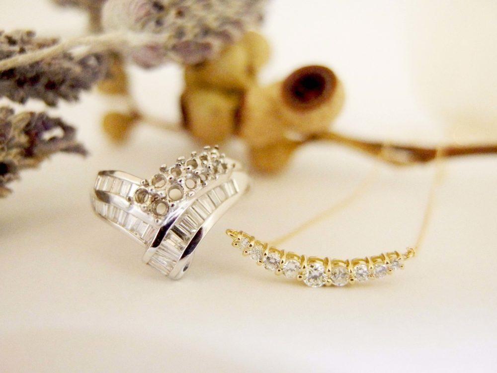 ダイヤモンド連なるピンクゴールドのネックレス