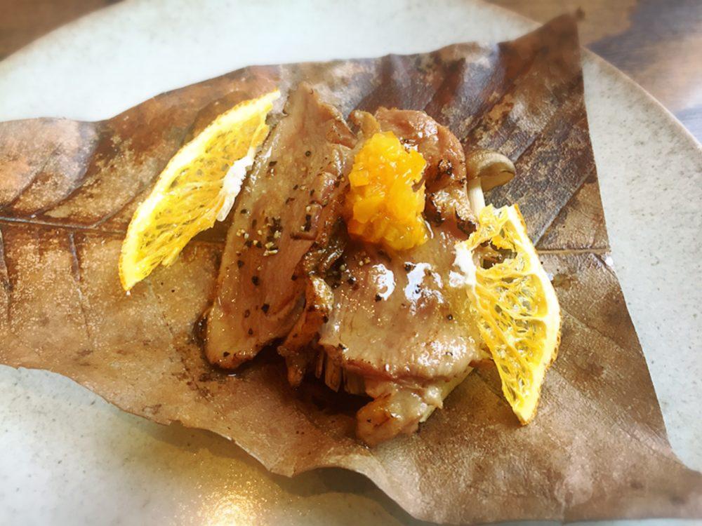 福山市春日町のあぶりのランチの鴨肉