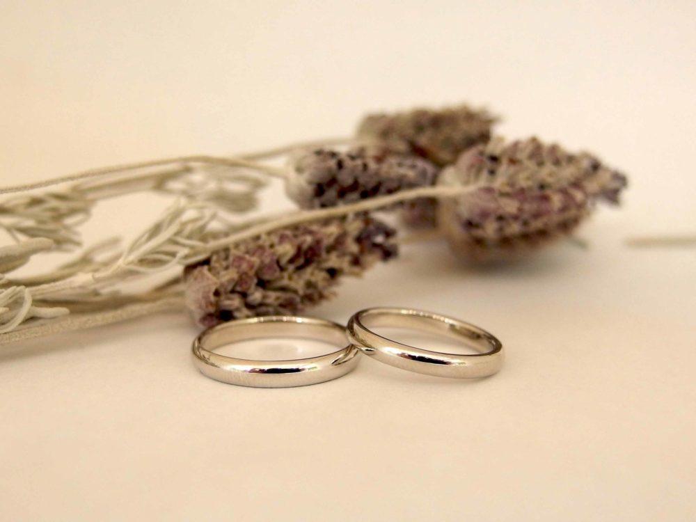 エルドーオリジナルの結婚指輪「アメス」