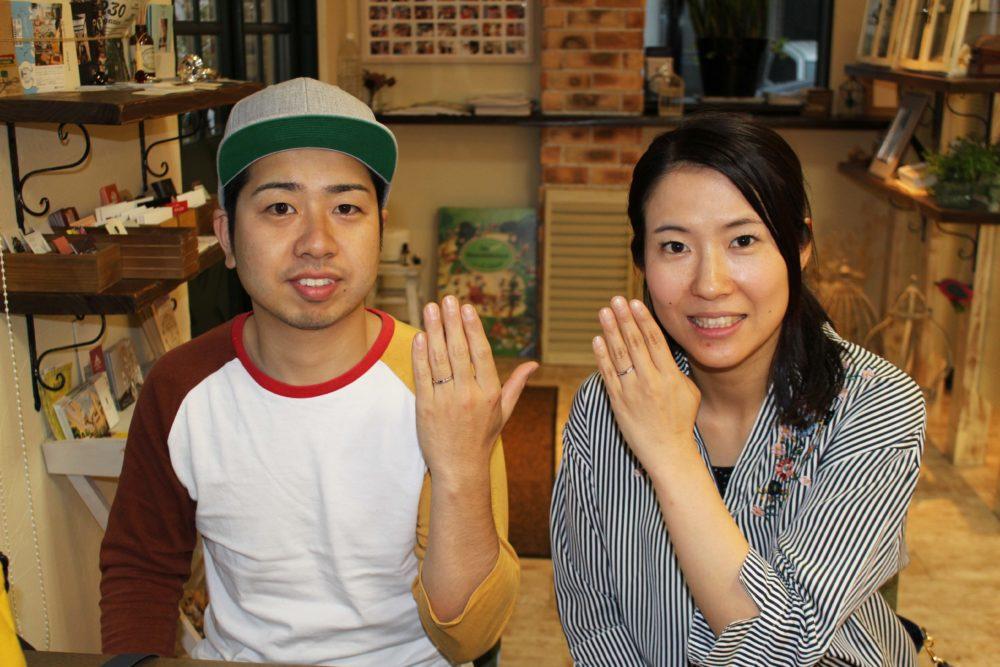 広島県府中市の桒田様ご夫妻(結婚指輪をご購入)
