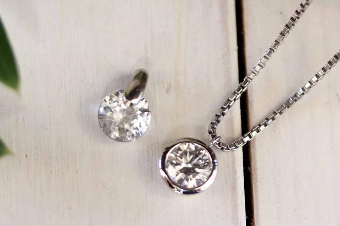 本物のダイヤモンドは透明度が高い