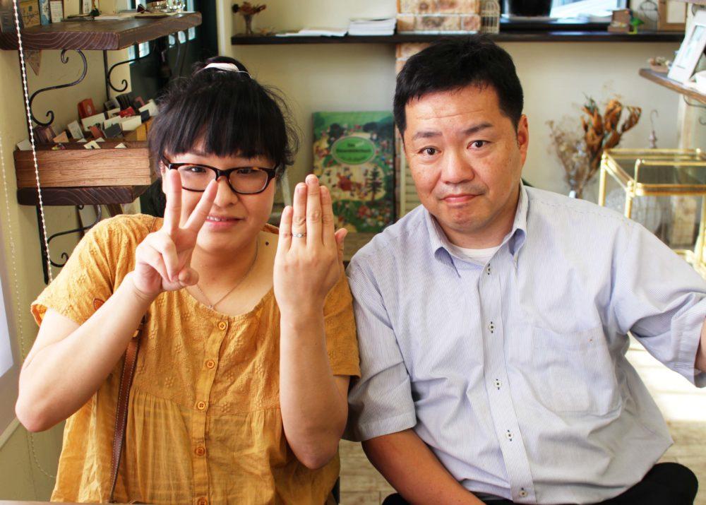岡山県浅口市の前田様ご夫妻(エンゲージリングをご購入)