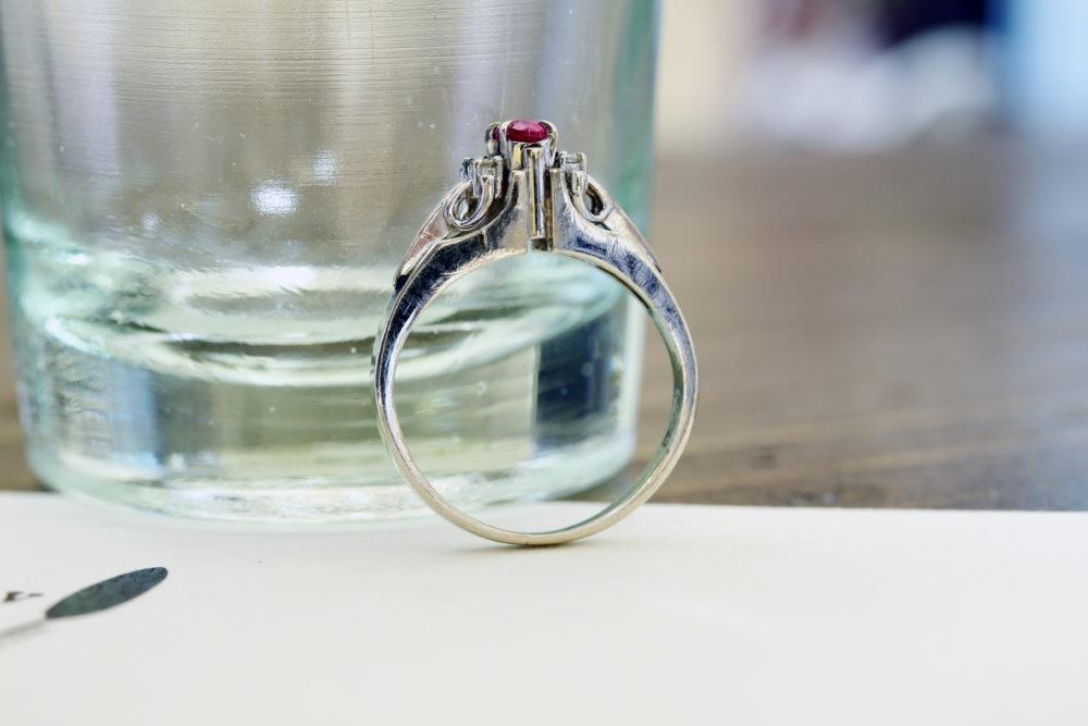 高さのあるルビーの指輪をリフォーム