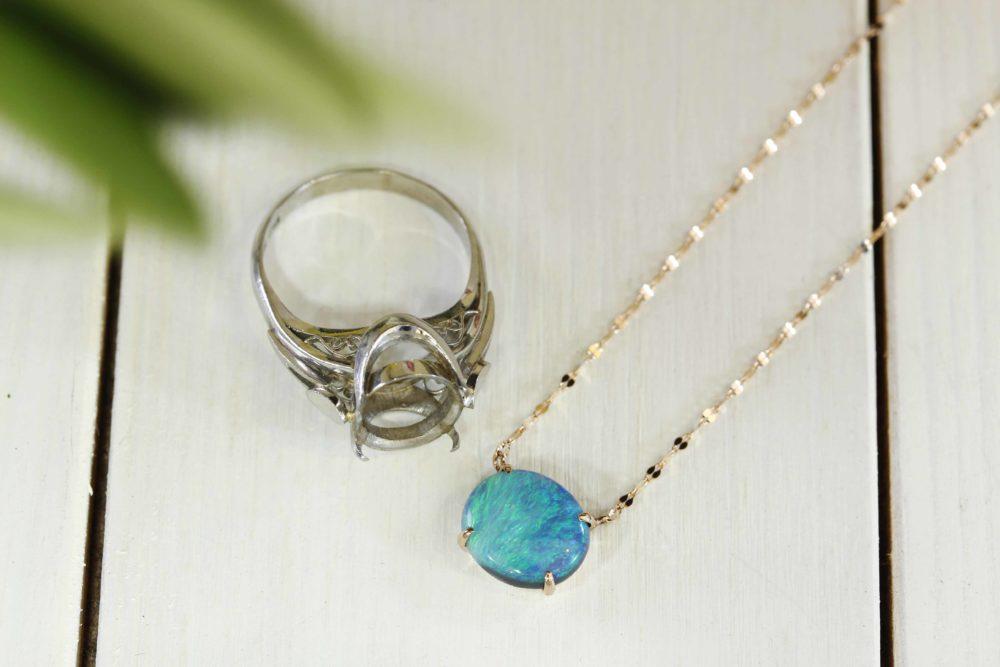 おばあちゃんのブラックオパールの指輪からネックレスにリフォーム
