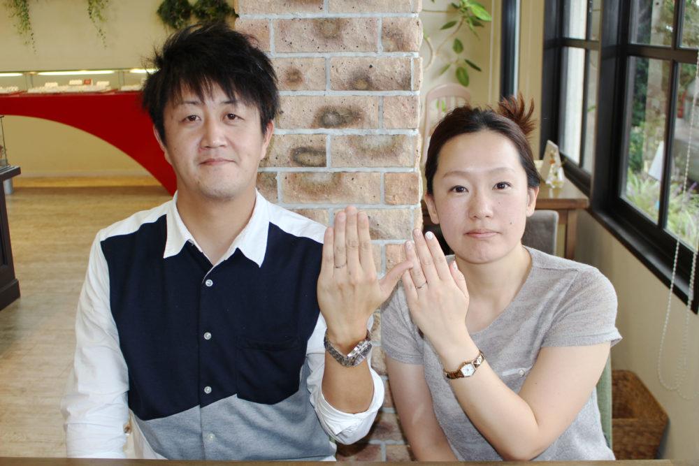 福山市神辺町の久川様ご夫妻(結婚指輪をご購入)
