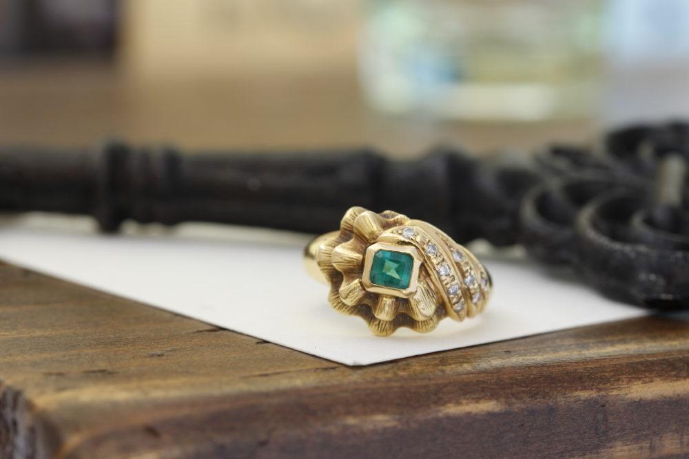 他店でご購入されたエメラルドのK18の指輪