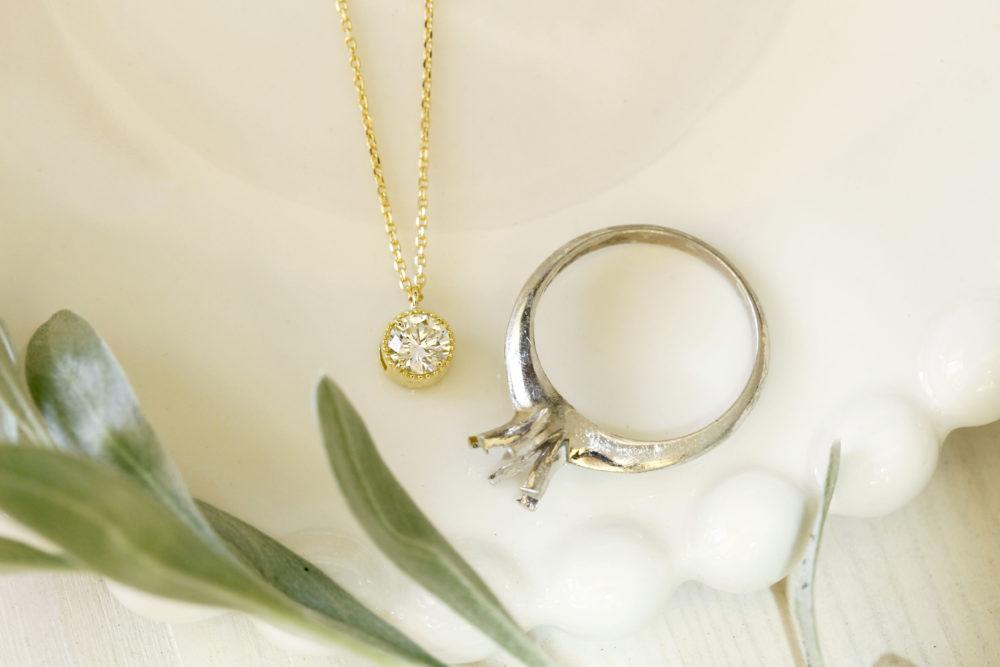 婚約指輪をネックレスにリメイク