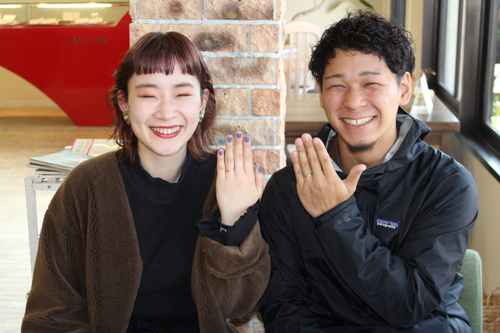 福山市南手城町の榎窪様ご夫妻(結婚指輪をご購入)