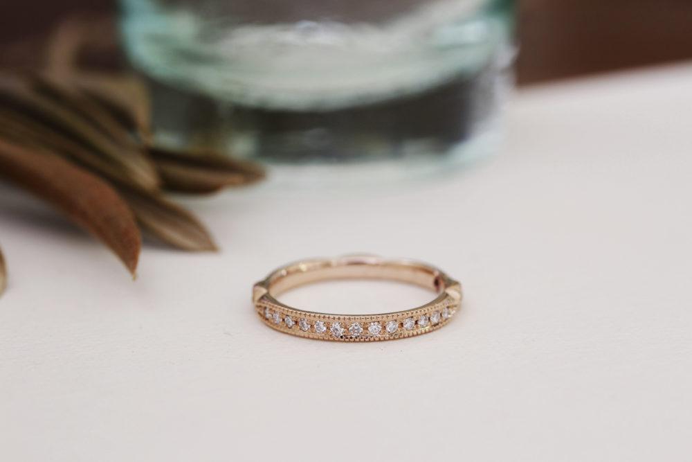 エルドーオリジナルの結婚指輪「アフラックス」