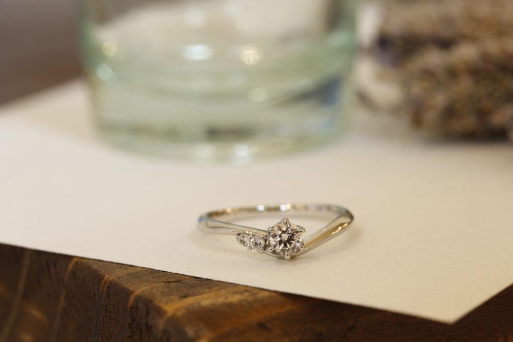 エルドーオリジナルの婚約指輪