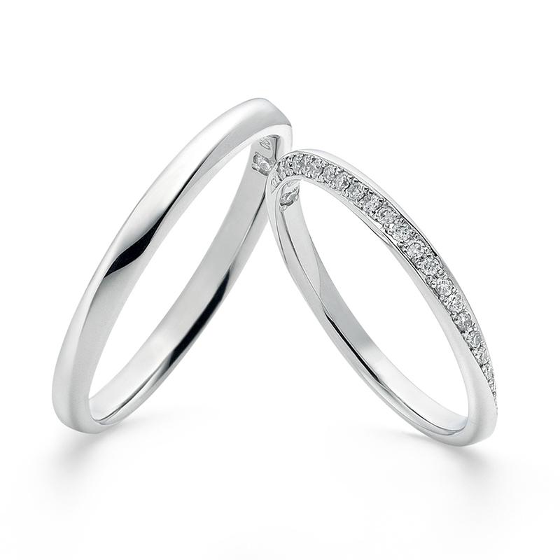ダイヤが流れるように入って、シルエットがとてもきれいな結婚指輪 Twins Cupit/ツインズキューピッド