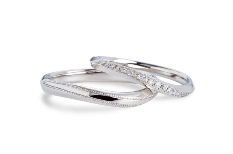 流れるように入ってるダイヤとミル打ちのデザインがアンティーク感が出る結婚指輪 Twins Cupid/ツインズキューピッド