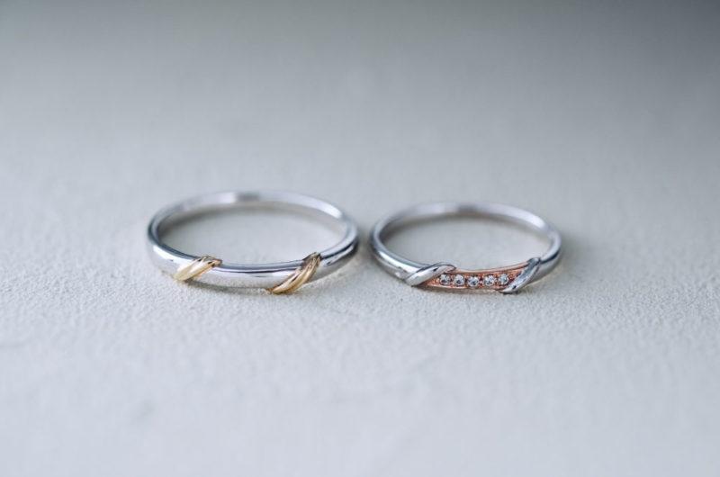真ん中にアクセントのラインがあるエルドーオリジナル結婚指輪
