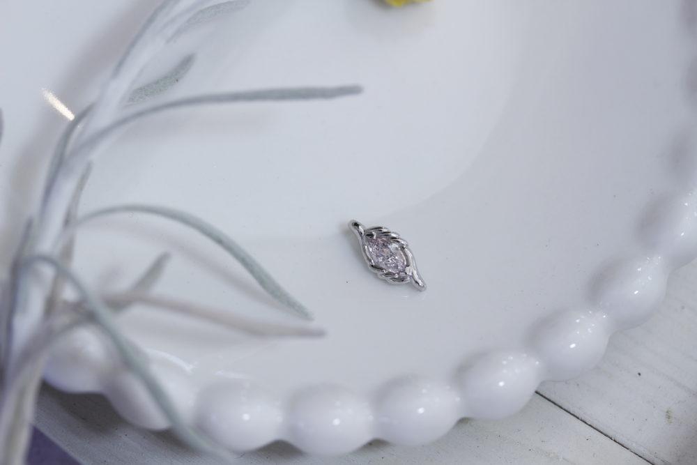 ピンクダイヤモンドのルース(裸石)をペンダントトップへと