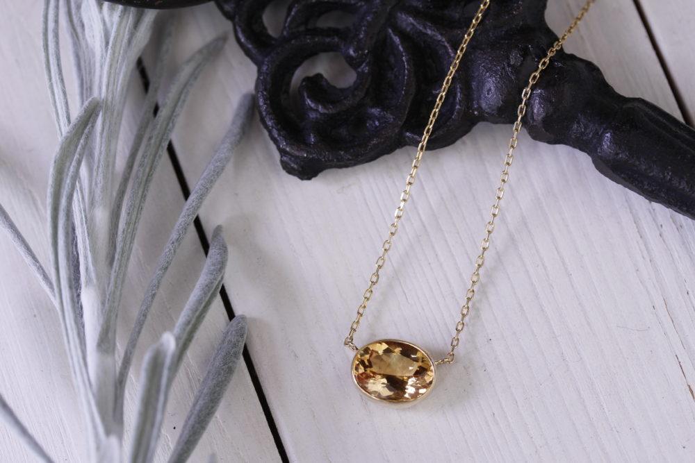 一目惚れして購入した宝石をネックレスへと
