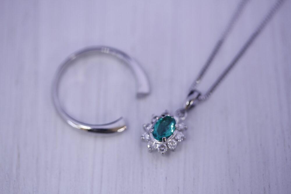 母の指輪をネックレスに